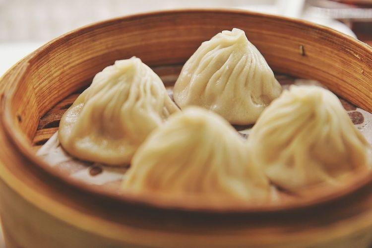 小籠包 Dim Sum Dumpling  Steamed  Stuffed Charming Appetizer Bamboo - Material Steam Chinese Food Chinese Dumpling Serving Dish Stuffing - Food