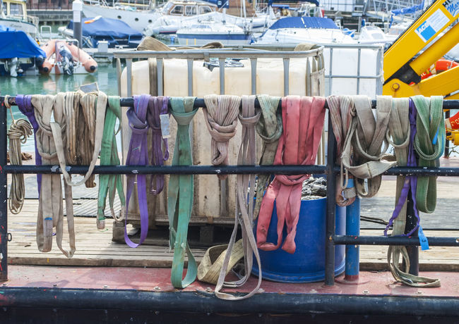 Ropes. Boats And Water Southsea Portsmouth Harbour Portsmouth Hampshire  Harbour Ship Boats And Moorings England🇬🇧 England Fishing Boats
