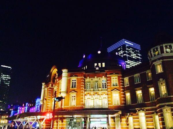 東京駅開業100周年記念のライトアップやってました♪ Light Up Illumination Light And Shadow Lights And People Urban Landscape Cityscape Night Lights Nightphotography IPod Touch Architecture