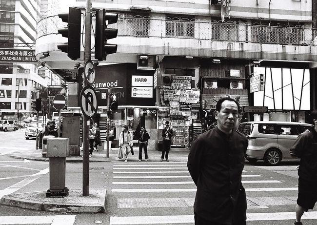 Wan Chai 35mm Blackandwhite Buyfilmnotmegapixels China ExploreEverything Filmisnotdead Hong Kong HongKong Ishootfilm Pentax Streetphotography Visualsgang Wan Chai