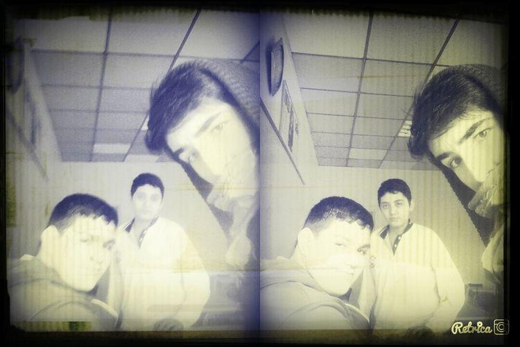 Okulda :))