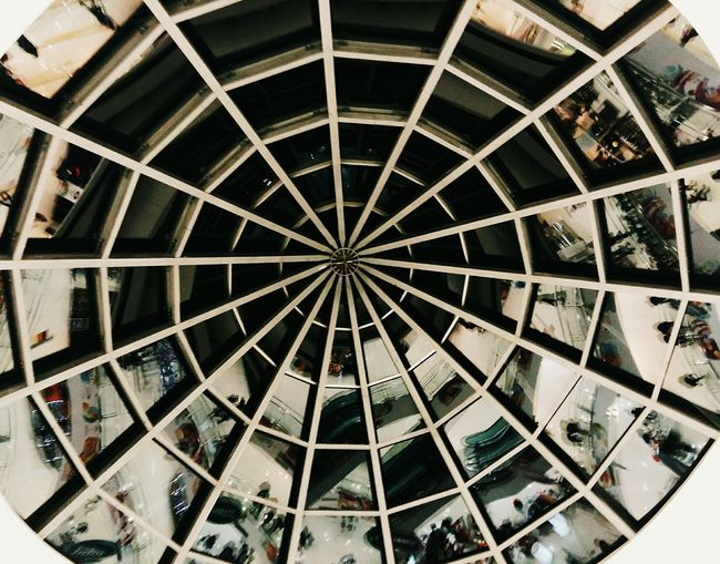 Backgrounds Full Frame Indoors  No People Close-up Built Structure From My Point Of View Architecture_collection EyeEm Best Edits Master_shots Perspective Photography The Way Forward Full Length EyeEmNewHere EyeEm Masterclass EyeEm Best Shots Masterclass Architectural Feature Architectural Column Freshness Dome Visualsoflife Interior Design Glass Minimalist Architecture Break The Mold The Architect - 2017 EyeEm Awards