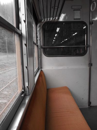 小湊鉄道 Low Section Transportation Vehicle Interior Public Transportation Rail Transportation Train - Vehicle Indoors  Human Leg Human Body Part One Person Day