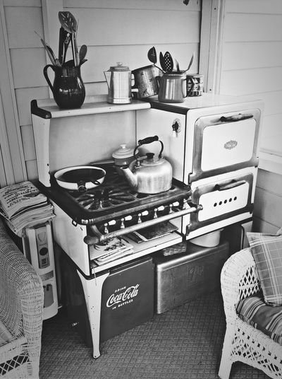 Gundlach Filter Antique Close Up Fortheloveofblackandwhite Vintage MY ANTIQUE STOVE/OVEN THAT WORKS!!?????