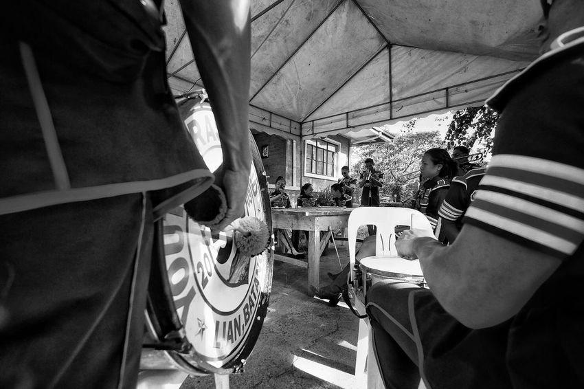 Real People Men Music Musical Instrument Leisure Activity Lifestyles Togetherness Large Group Of People Musician Human Hand Close-up People Fujifilm FUJIFILM X-T1 Fujifilm_xseries Eyeem Philippines EyeemPhilippines Imagebytawpee Streetphotography Shadow And Light Telling Stories Differently Blackandwhite Photography