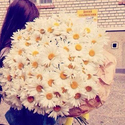 Не обязательно дарить розы!!!)))