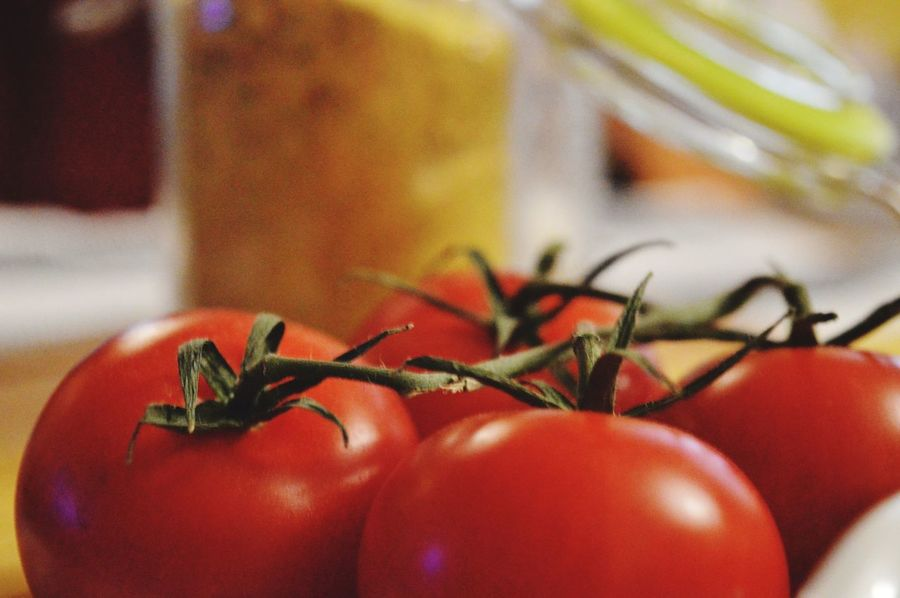 Closer look. Nikonphotography EyeEmNewHere Focus On Foreground Deapth Of Field Nikon D3200 Tomatoes Red Macro Photography Macro Indoors  Close-up No People Food Food And Drink Healthy Eating Freshness