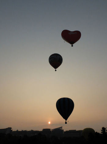 Hot Air Balloons Sunrise_sunsets_aroundworld Silhouette