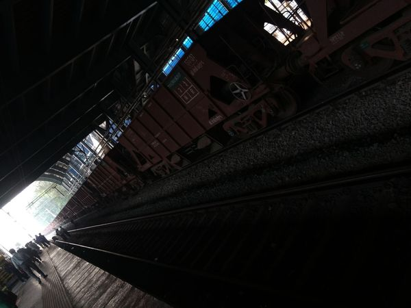 Dark image railroad fan ! City Traintracks People Working Hard Mumbairailways EyeEmNewHere