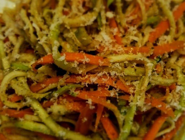 Zuchinni  Karotten Parmesan VegetarischeSpaghettis ParmesanCheese Carrots Vegetarian Food Colorfull