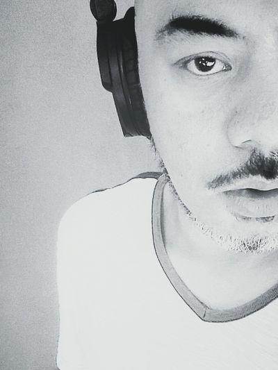 hrvatski was playing. Headphones 🎧Sennheiser Tranquility Gay Self Portrait Monochrome Black & White