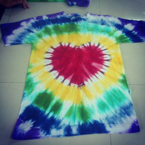 Heart Tie-Dye. Dugo at Pawis. Hahah. Jokes! Project ko for Chem TieDyeing Heart Proj Success !