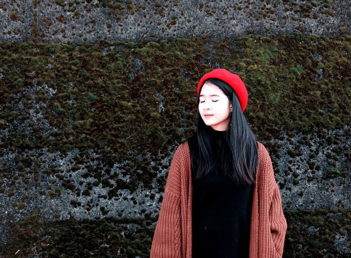 1 day winter Red Hat Peaceful Green Japan Travel Tree Wintertime Clouds And Sky Day Naturelovers Outdoors Skyscraper Women