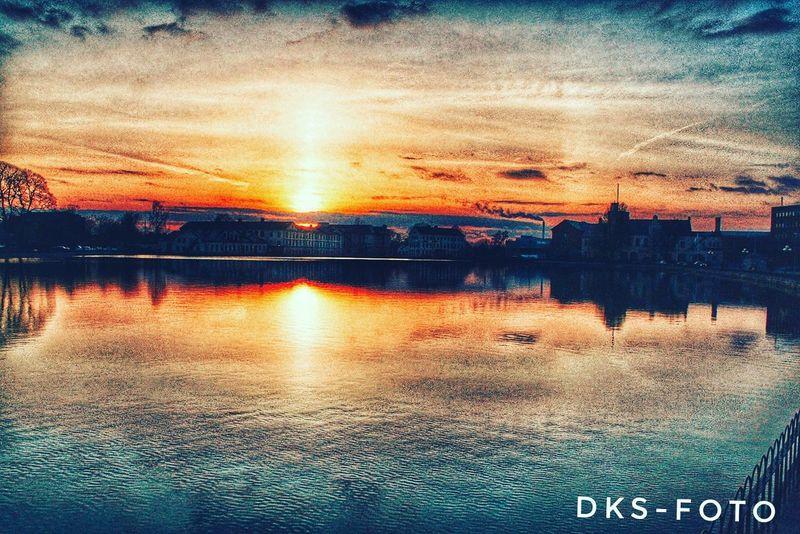 Eskilstuna-streetphotography Summer Exploratorium Sweden The True Story EyeEmNewHere Water Sunset Backgrounds Full Frame Illuminated Sky Close-up Cloud - Sky