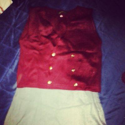Lo que me encontré en el Bauldelosrecuerdos mi uniforme de la escolta! De la secundaria :D