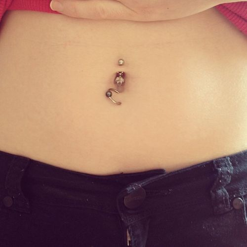 New Belly piercing bottom half done. Belly Bellybar Bellyhoop Hoop bar bellypiercing piercing silver