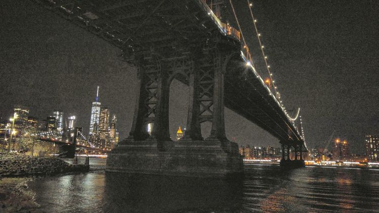 Hanging Out Taking Photos Check This Out DUMBO Manhattan Bridge Downtown Brooklyn Brooklyn Smartphonephotography