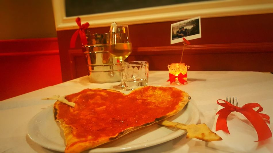 Food And Drink Food Indoors  Table Healthy Eating Pizza Pizza Love San Valentine's Day Wine Candle Light Italian Food