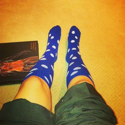 I can't wear my Uk to work but I do have my blue on !! ?? GoCats BBN Whiteandblue BeatLouisville GOODLUCK