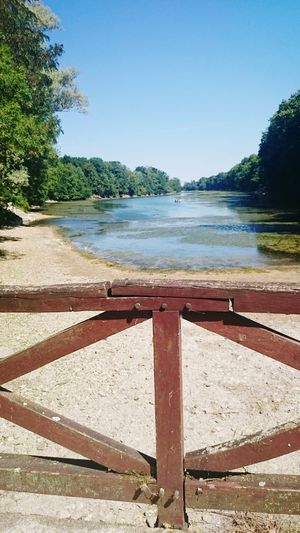 Taking Photos Hello World Relaxing Hi! Enjoying Life France On The Road Photooftheday River View Weekend 🌞🏃🇫🇷