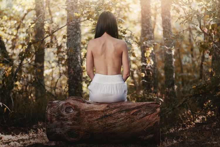 Beautiful Dreams Field Freedom Independence Love Travel Woman Beauty Beauty In Nature Femininity Forest Forest Photography Girl Healthy In Love Lifestyles Nature Outdoors People Rear View Sensual_woman Standing Tree Women
