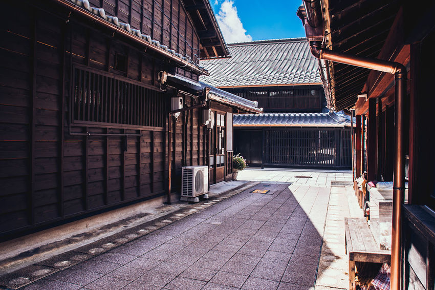Alley Ancient Classic Downtown Inuyama Japan Travel Trip Alley Architecture Building Exterior Built Structure City History Roof Streetphotography Town Traditional Wooden 城下町 日本 犬山