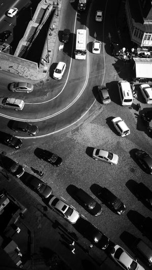 Rutine Rutina Car Cars Gray Gray Background Gray City Gray Background Gray Color City Close-up Parking