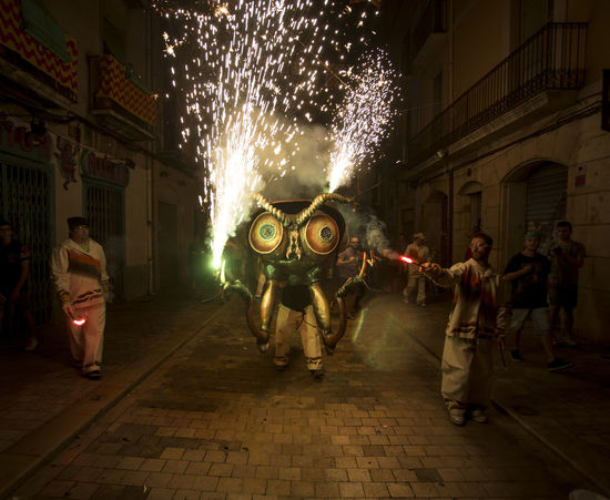 Besties a les festes de Sant Roc 2016 Besties Bug Catalonia Catalunya Culture Entertainment Fire Firerun Firework - Man Made Object Fireworks Group Of People Illuminated Light And Shadow Night Night Lights Nightphotography Party Time! Sant Roc Tradition Traditional