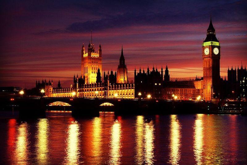 London RBC Redbeca Live World Traveling