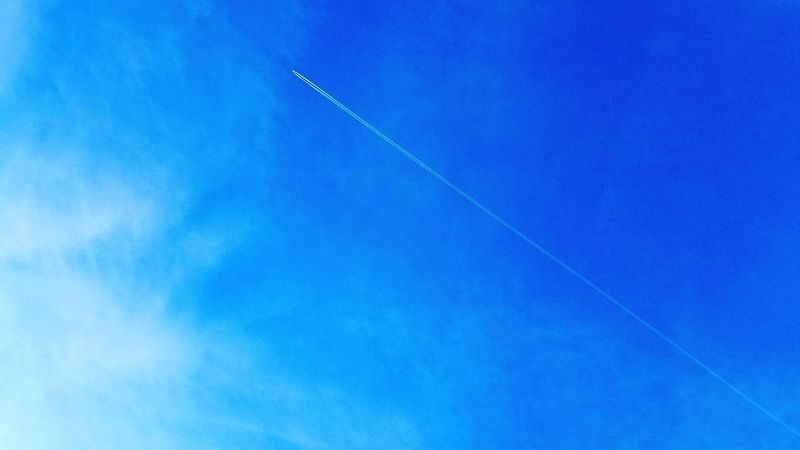 Be. Ready. Outdoors Sky_collection Blue Sky AirPlane ✈ Clear Sky Beautiful Day Azure No People Bluebluesky Condensed Water Trail Jetplane Skysthelimit