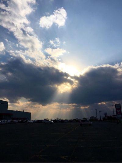 Pillar Of The Light Cloud - Sky Sky Car Architecture Land Vehicle Outdoors Sunlight EyeEmNewHere