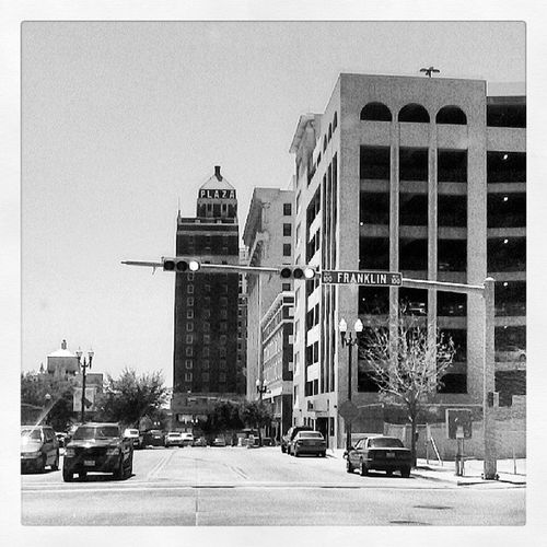 Downtown Elpaso Casualdrive Hiding intersection midrise building
