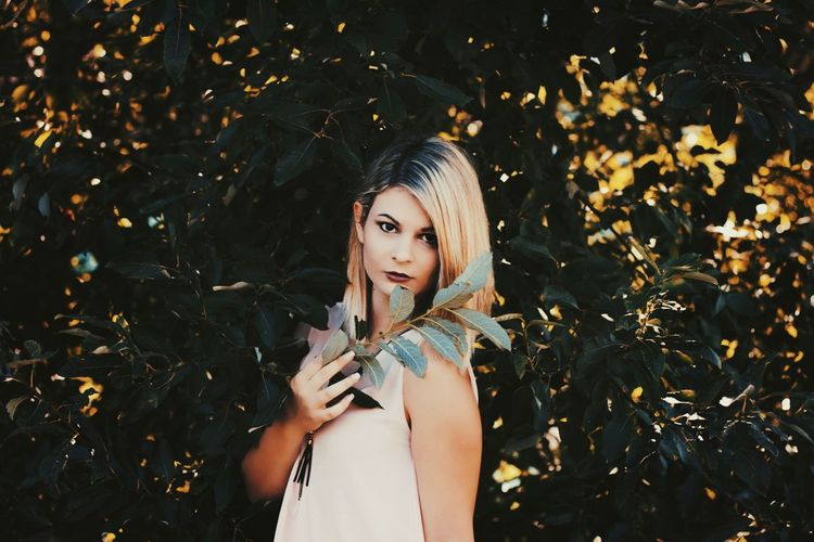 Tree Sun Bright Beautiful Nature Photography Green Color Green Outdoors Leaf Canon Plant Photooftheday Young Women Blond Hair Portrait Beautiful Woman Beauty Females Beautiful People Fashion Model Human Lips Eye Make-up Make-up Lipstick
