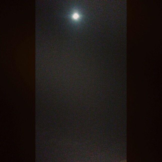 Praia brava lua cheia!! Likeasong Brava Friends Beautifulnight inlove nature moon
