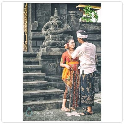 Prewedding Bali Adat Traditional Couple Relationship Getmerried Bestmoment Phototag_it Phototag_people Bestportraits