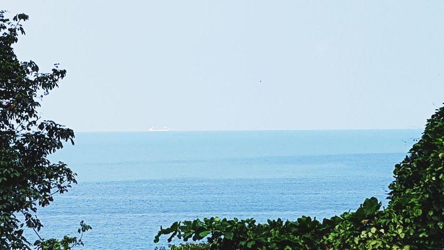horizon... Sea