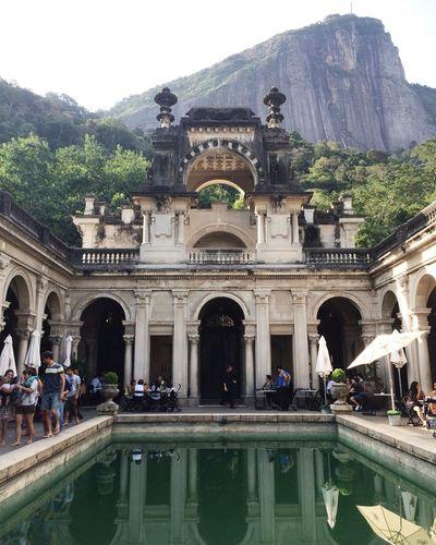 clichê Architecture Building Exterior Tourism Travel Destinations Famous Place History Travel Tourist Architectural Column Riodejaneiro Rio De Janeiro Eyeem Fotos Collection⛵ Rio De Janeiro Parquelage