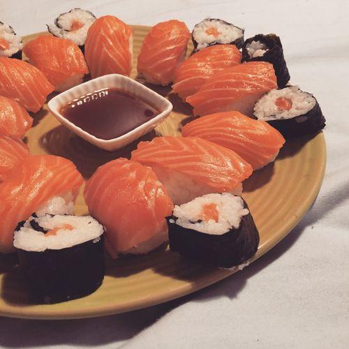 Hello World Sushi Relaxing Taking Photos Enjoying Life Hi! Japanese Food Salomon Chéri Make Alone