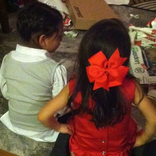 My two nieces. How adorable ? Cousinsareawesome Sisters Adorable