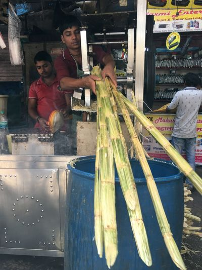 Photography In Motion Check This Out Hanging Out Taking Photos Sugarcane Juice At Masjid Bunder Station