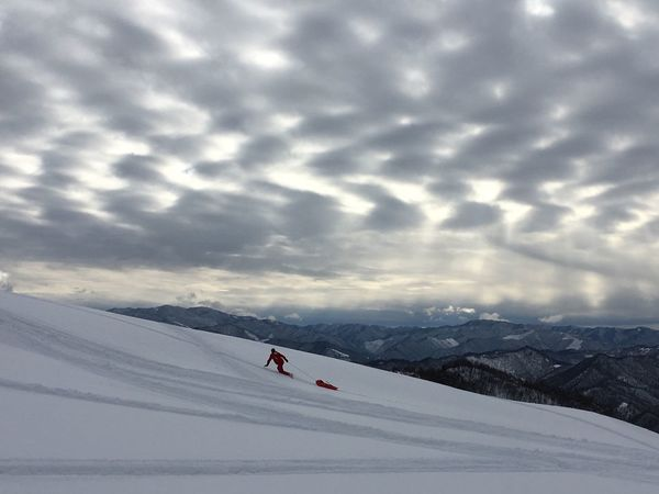 Snow Winter Cold Temperature Weather Cloud - Sky Sky Skiing Nature Ski Holiday Outdoors Day Landscape Scenics Beauty In Nature Adventure Tranquility Tranquil Scene Mountain Snowcapped Mountain Vacations