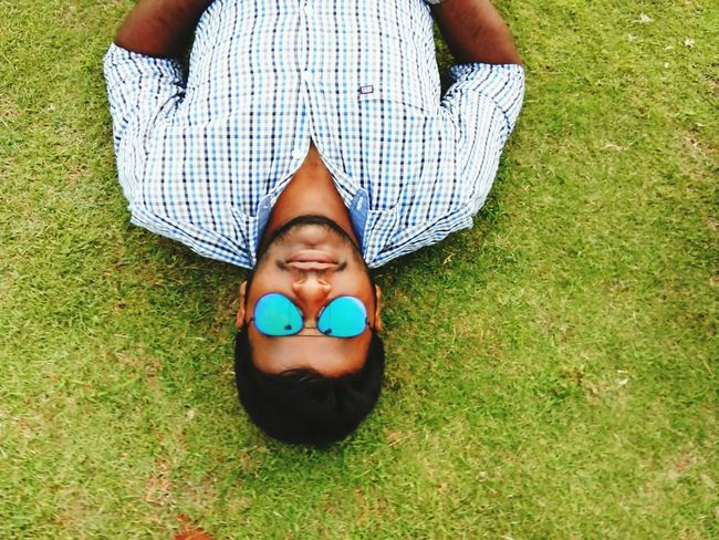 Its me Lying Down Smiling Happiness Human Body Part Adult EyeEm Ready