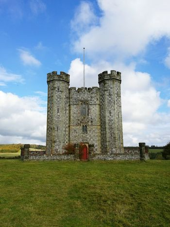 Castle Minicastle Smallcastle Nature England, UK Outdoors Stunning Walking Arundel Green Countryside Beauty In Nature