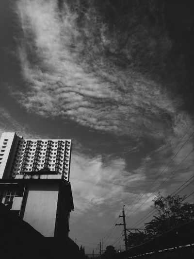Low Angle View Architecture Built Structure Building Exterior Sky Outdoors Cloud - Sky No People Day Tree Nature