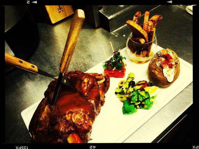 New menu testing - Korean style schweinehaxen. Taking Photos Food Enjoying A Meal Enjoy Eating