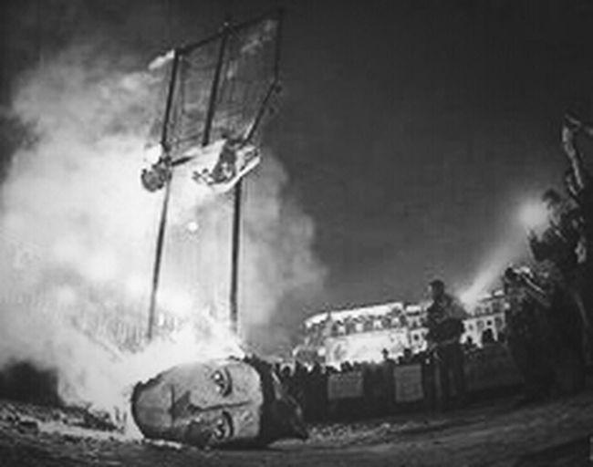 El Gobierno Teme Hoy Mas Que Nuunca Porque Ve Como Se Cae A Pedasos Cada Uno De Sus Engaños AyotzinapaSomosTodos TodosSomosAyotzinapa YaMeCanse RenunciaEPN #Lucharehastaelfinal
