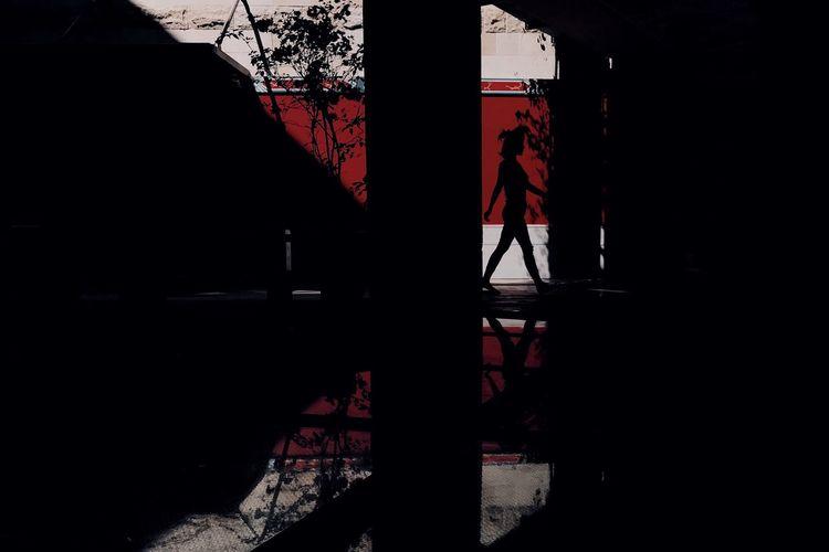 影子 Iphoneonly Mobilephotography IPhone IPhoneography Mobile Phone Silhouette Shadow Architecture One Person Built Structure Indoors  Sunlight Day Men Unrecognizable Person Nature Dark Real People Standing Red Lifestyles Accidents And Disasters