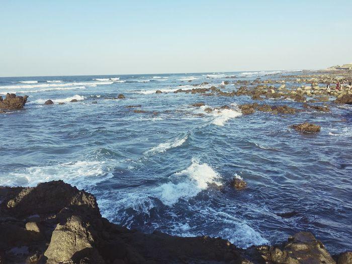 乘風破浪! Sea Sky Water Horizon Over Water Scenics - Nature Horizon First Eyeem Photo EyeEmNewHere This Is Strength