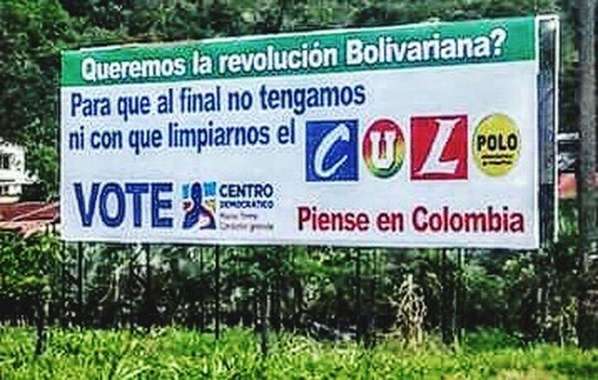 Propaganda en Colombia. Mala fama del chavismo rompe fronteras +LA NACION @Lanataenel13 Losleucos Taking Photos VenezuelaMuereTuCallas LosVenezolanosPuedenVivirMejor Woiworld_resto Insta_ve Miseria VenezuelaDespierta Humillacion