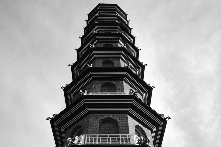 Kew Gardens, London UK - 2018 Nature Day Kew Gardens London Pagoda Built Structure Architecture Low Angle View Building Exterior Sky Cloud - Sky Building No People Place Of Worship Religion Belief Tower Spirituality Tall - High Outdoors Travel Destinations City Spire  Ornate My Best Photo Humanity Meets Technology